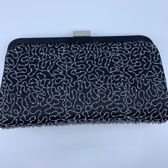 franchi Handbags - Franchi evening clutch with small beads